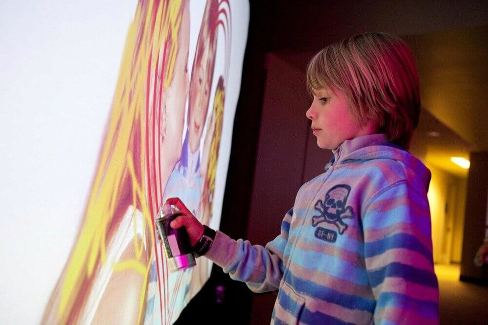 Child Painting - Entire Events